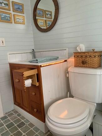 Nantucket town, Centre of Historic Nantucket Nantucket vacation rental - The Gallery Bedroom's bathroom