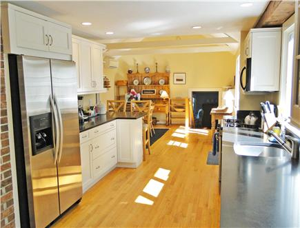 Nantucket town Nantucket vacation rental - New Kitchen - granite counters and all amenities