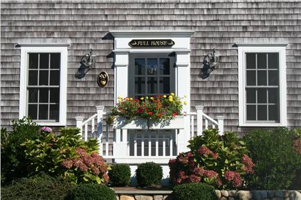 Mid-island - Naushop Nantucket vacation rental - Front entrance