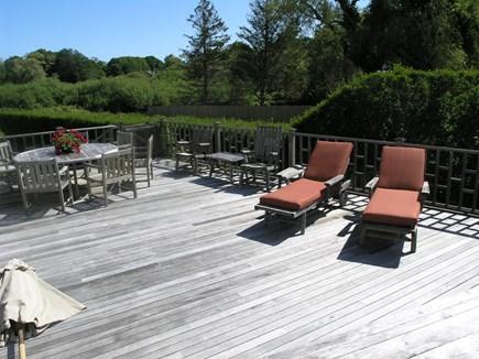 Nantucket town Nantucket vacation rental - Large back deck