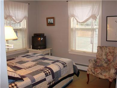 Mid-island, Edge of town Nantucket vacation rental - Queen Bedroom
