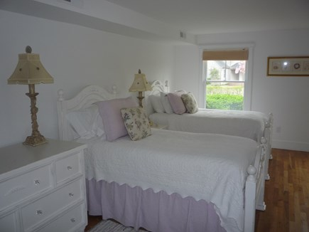Brant Point Nantucket vacation rental - Twin room #1with ensuite bath tub and shower