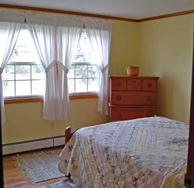 Mid-island Nantucket vacation rental - Middle Bedroom With Double Bed