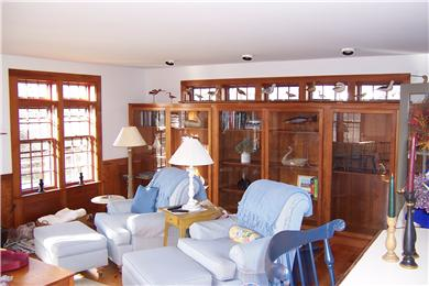 Quidnet-BOOK FERRY NOW!! Nantucket vacation rental - Living Room