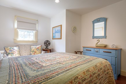 Quidnet Nantucket vacation rental - Cottage first floor master bedroom with queen size bed