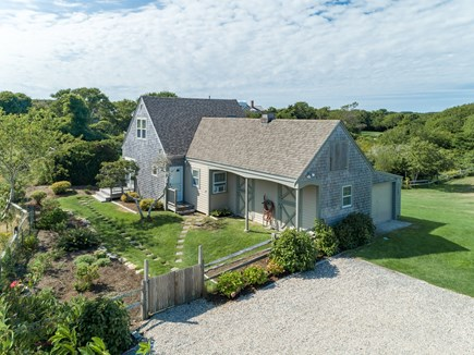 Quidnet Nantucket vacation rental - Cottage steps away from main house included with in season rental