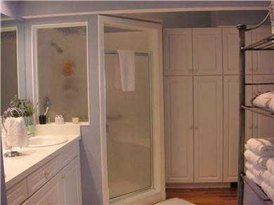 Nantucket town, Nantucket Nantucket vacation rental - Large comfortable bathroom with oversized shower