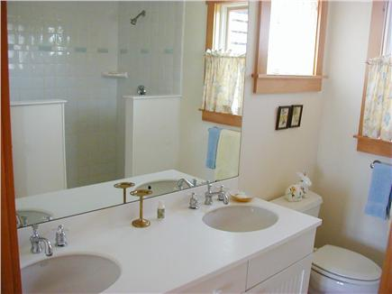 Tom Nevers Nantucket vacation rental - Master bath with double shower