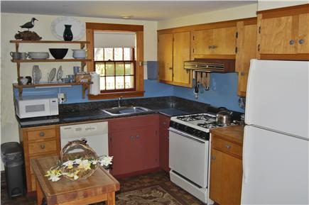 Nantucket town, Cliff Rd Nantucket vacation rental - The fully-equipped kitchen area has granite counter-tops.