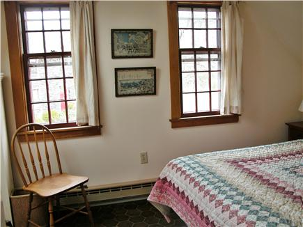 Nantucket town, Cliff Rd Nantucket vacation rental - Upstairs bedroom #1 with double bed