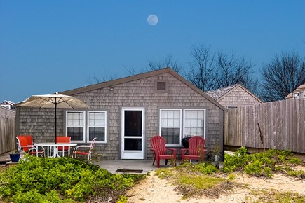 Nantucket town, Harborfront Nantucket vacation rental - Enjoy the views from your deck, great for breakfast, or supper