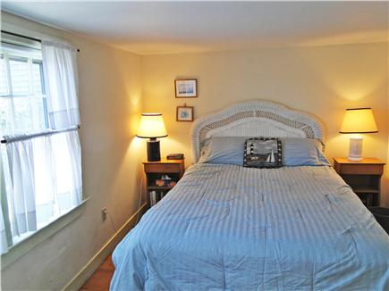 Nantucket town, Harborfront Nantucket vacation rental - Queen bedroom