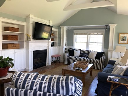 Tom Nevers Nantucket vacation rental - Family Room with 47'' HD flat-screen TV