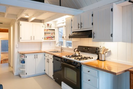 Madequecham, Nantucket Nantucket vacation rental - Updated kitchen features GE appliances