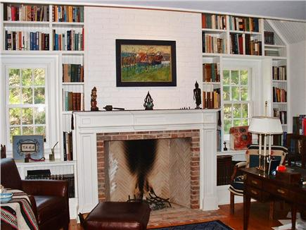 Dionis Nantucket vacation rental - Library