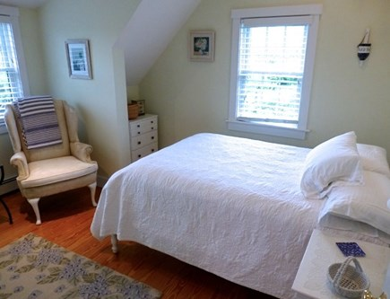 Cisco - Miacomet, Hummock Pond Nantucket vacation rental - 2nd Floor, 3rd Br, Full, vaulted ceilings with ceiling fan