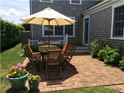 Nantucket town Nantucket vacation rental - Brick patio and main entrance