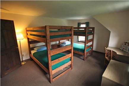 Madaket Nantucket vacation rental - Bedroom with bunk beds