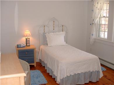 Siasconset Nantucket vacation rental - Pretty Twin Bedroom