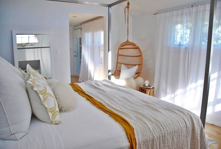 Surfside Nantucket vacation rental - The master bedroom is all about calm