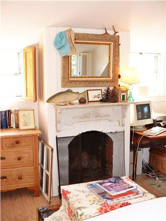Siasconset Nantucket vacation rental - Master Bedroom Fireplace