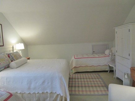 Surfside, Mid-island Nantucket vacation rental - Level Two Queen  bedroom plus 2 twins