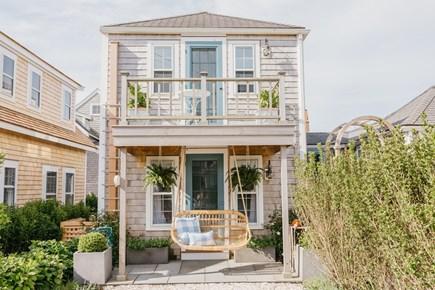 Siasconset, Cod Fish Park Nantucket vacation rental - Coastal Lux Cozy Blue & White Beach Cottage