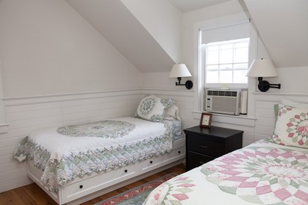 Nantucket town Nantucket vacation rental - Smaller bedroom