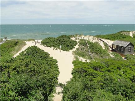 Nantucket town, Cliff Nantucket vacation rental - Easy 8 minute walk or short bike ride to Steps Beach