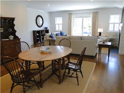 Nantucket town, Cliff Nantucket vacation rental - Large open space from kitchen to living room