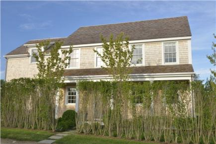Nantucket town, Cliff Road Nantucket vacation rental - Front view