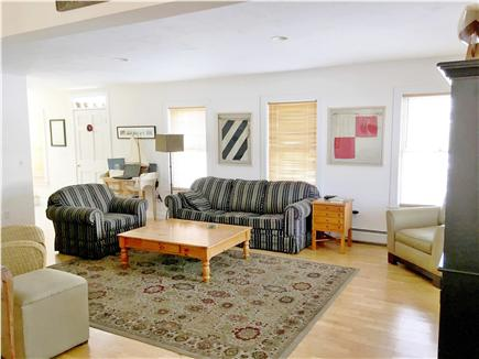 Mid-island, Naushop Nantucket vacation rental - Spacious, bright living room