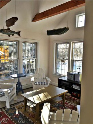 Mid-island, Naushop Nantucket vacation rental - Sunroom, great party room