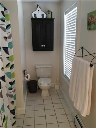 Mid-island, Naushop Nantucket vacation rental - Master Bath