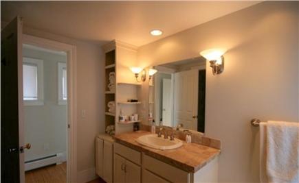 Nantucket town, Nantucket - Edge of Town Nantucket vacation rental - Bathroom