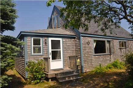 Surfside Nantucket vacation rental - Entry to the house
