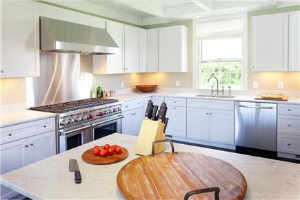 Quidnet, Nantucket Nantucket vacation rental - Bright spacious kitchen
