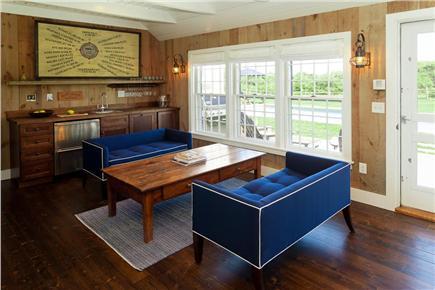 Quidnet, Nantucket Nantucket vacation rental - Sitting room off the kitchen