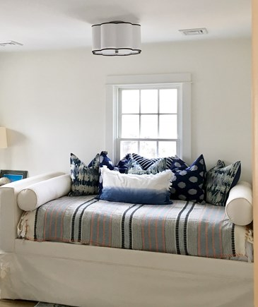 Nantucket town Nantucket vacation rental - Trundle beds in another bedroom. Six bedrooms!