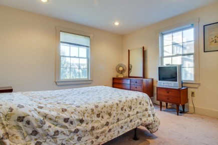 Nantucket town Nantucket vacation rental - The second suite features a double bed