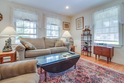 Nantucket town Nantucket vacation rental - Find antique accent furniture, ornate rugs, & sea-captain decor