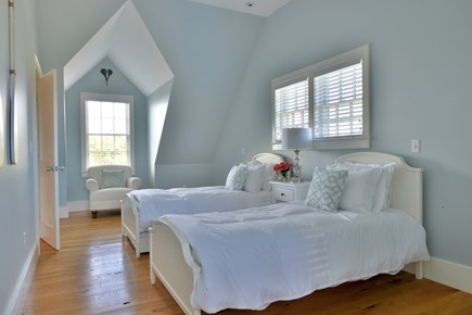 Madaket, Cliff Nantucket vacation rental - Upstairs twin bedroom