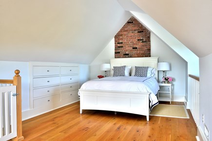 Madaket, Cliff Nantucket vacation rental - Pool house upstairs bedroom