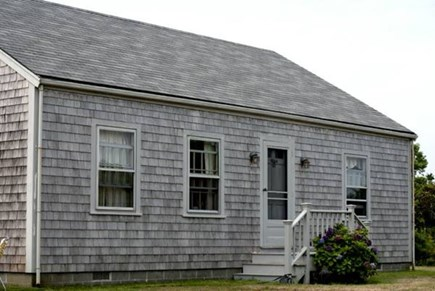 Wauwinet Nantucket vacation rental - Classic Wauwinet cottage with huge, private yard.