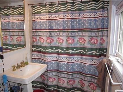 Nantucket town, Nantucket Nantucket vacation rental - Bathroom
