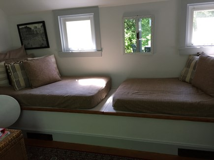 Nantucket town, Nantucket Nantucket vacation rental - Two twin mattress in living room area