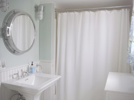 Siasconset Nantucket vacation rental - Full Bath with Tub/Shower (Enclosed Outdoor Shower on Patio)