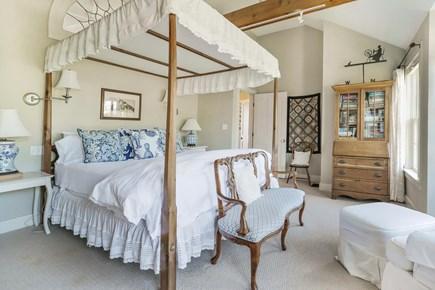 Quidnet Nantucket vacation rental - Master Suite (2 of 2)