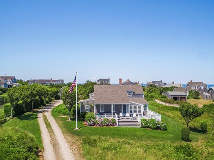 Quidnet Nantucket vacation rental - Areal view of driveway