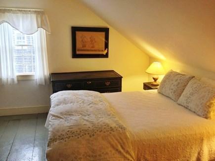 Nantucket town, Nantucket Nantucket vacation rental - Middle bedroom (queen)